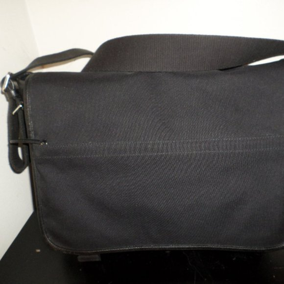 COACH UNISEX CANVAS AND LEATHER MESSENGER BAG